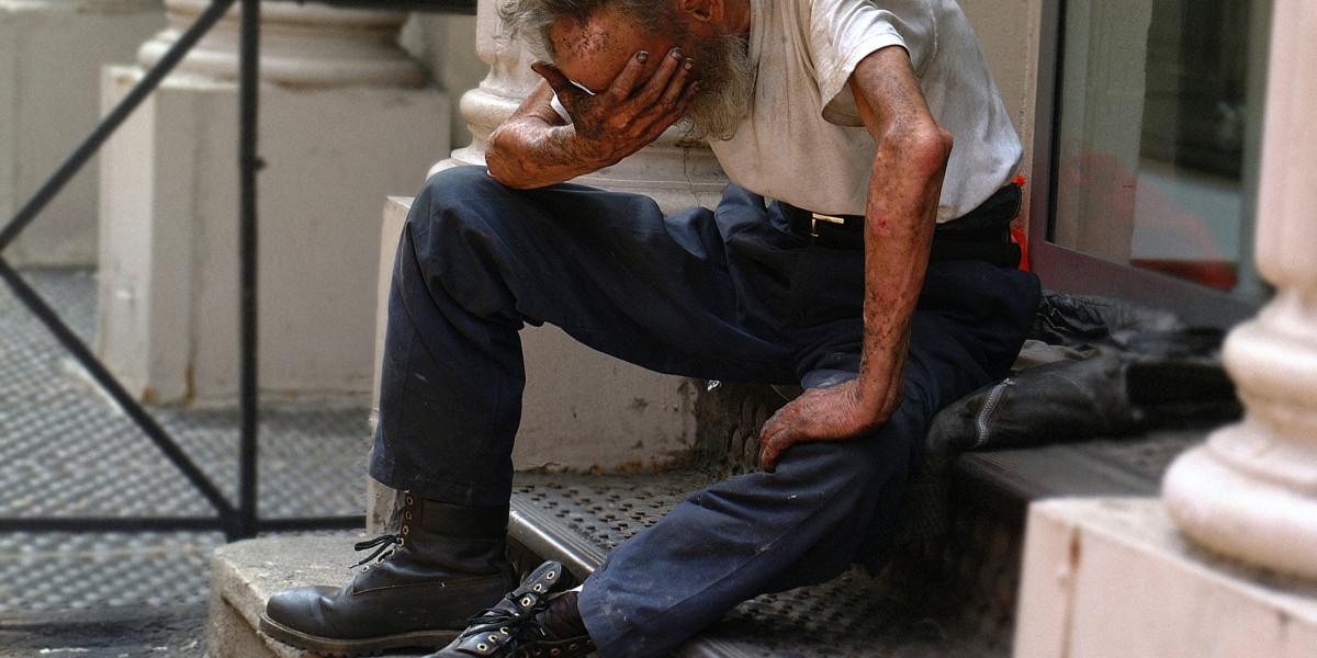 Rett til å gå til grunne eller plikt til å hjelpe?